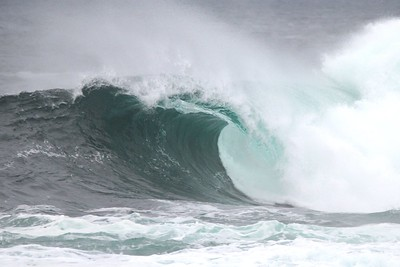 Wave curl_Credit Jeremy Hiebert.jpg