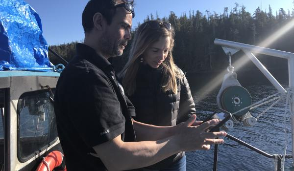 Heiltsuk Nation Jordan Wilson and Salomon lab student Hannah Kobluk