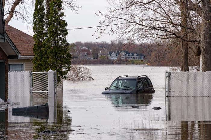 Flooding in Canada car in water